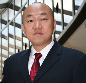 Marketing professor Ye Hu recently won the Journal of Advertising Research's Best Paper of the Year Award for 2007.