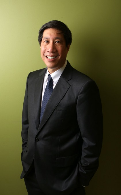Professor Wynne W. Chin is one of five honorees globally to be named a Fellow of the Association of Information Systems.