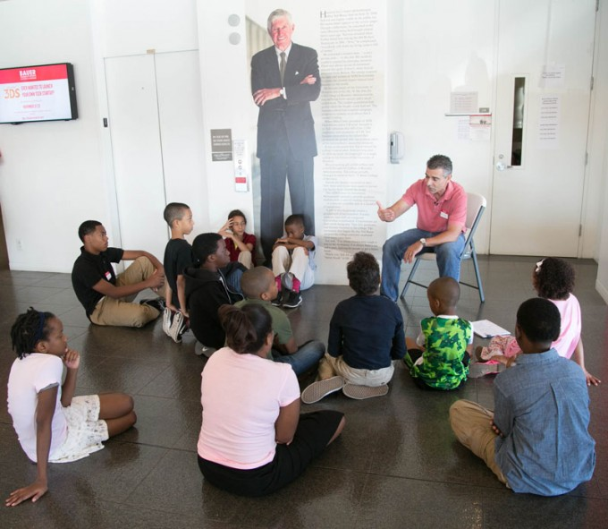 "Tom George, a Bauer finance professor who oversees the Cougar Investment Fund, spoke to visiting young students from the Sugar Land chapter of Jack and Jill of America, Inc. <a href=""http://www.whereawesomehappens.com/local-jack-and-jill-of-america-chapter-visits-bauer-oct-25/"">See more photos</a>."
