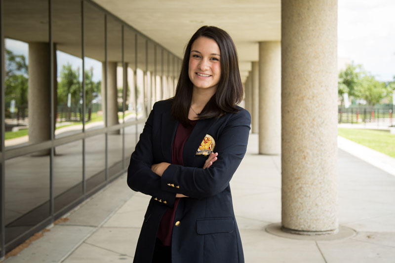 Marketing and entrepreneurship senior Amanda Moya is the 2016 recipient of the Texas Business Hall of Fame scholarship.